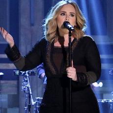 Adele 2015a thumb