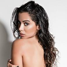 Anitta sexy thumb