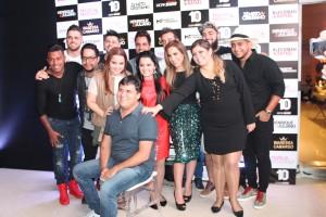 Os artistas da WorkShow com o presidente da empresa Wander de Oliveira