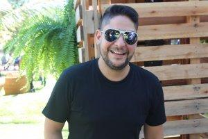 Jorge (da dupla com Mateus) anfitrião do Villa Mix Festival