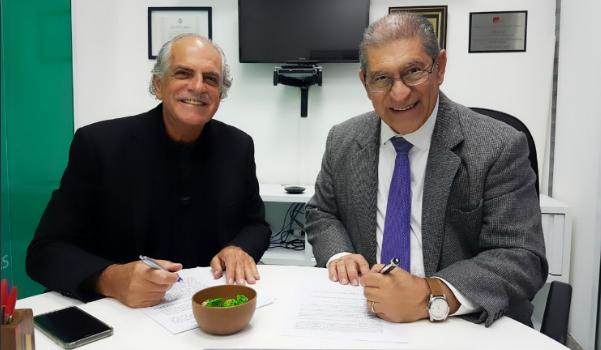 Edison Coelho e Roberto Mello, diretor geral da Abramus. Créditos: Gustavo Vianna.