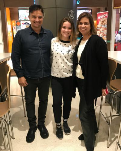 Mario Portela (dono da MP Entretenimento), Raissa Chaddad e Christina Campos (dona da Nove Letras)