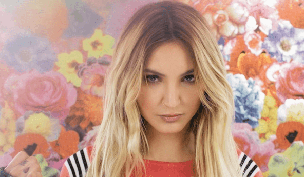 juliamichaels2-min