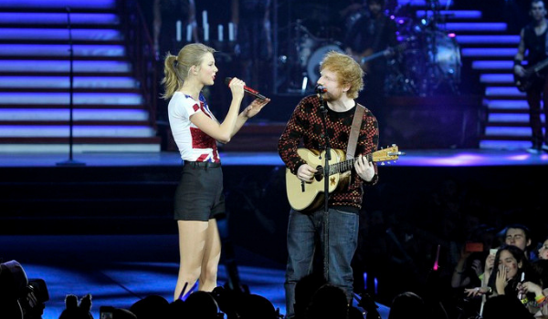 Taylor Swift e Ed Sheeran | Foto: GARETH CATTERMOLE/TAS/GETTY IMAGES FOR TAS